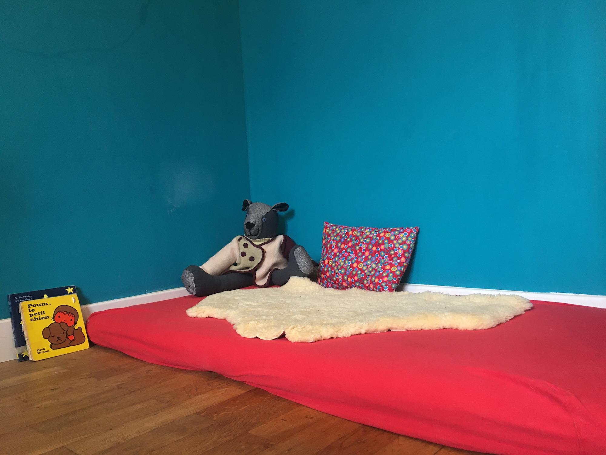 Lit Au Sol Montessori Quel Age montessori à la maison 2/3 : un environnement préparé - l